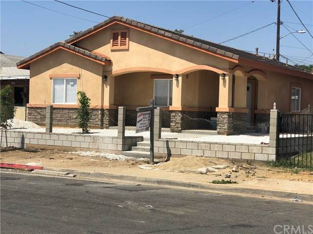 918 S B Street, Perris, CA 92570 (#IV20097826) :: Rogers Realty Group/Berkshire Hathaway HomeServices California Properties