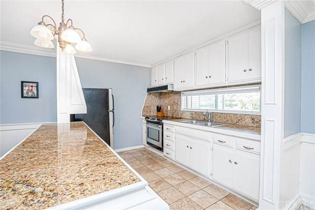 2266 Grand Avenue #21, Pacific Beach, CA 92109 (#SW20109988) :: A|G Amaya Group Real Estate