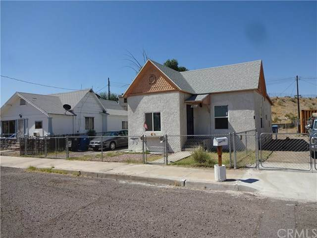 811 4th Street, Needles, CA 92363 (#JT20111368) :: RE/MAX Masters