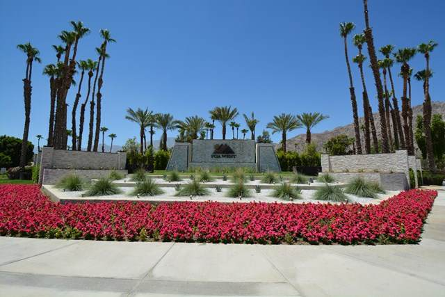 54796 Tanglewood, La Quinta, CA 92253 (#219044253DA) :: Sperry Residential Group
