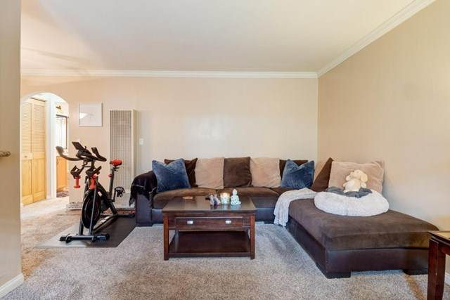 4431 32Nd St #10, San Diego, CA 92116 (#200026690) :: Compass Realty