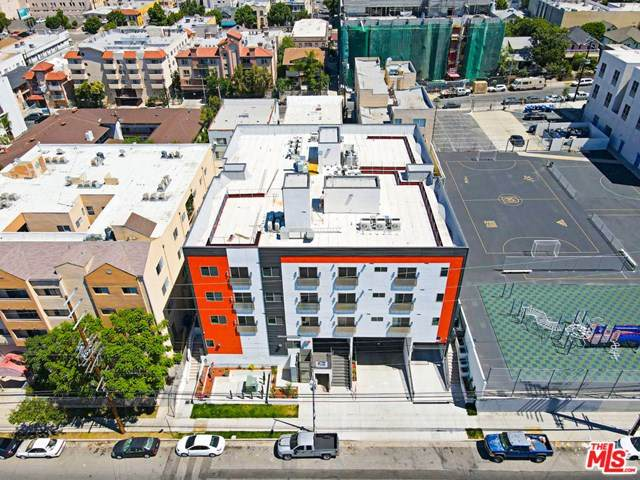 2701 James M Wood Boulevard - Photo 1