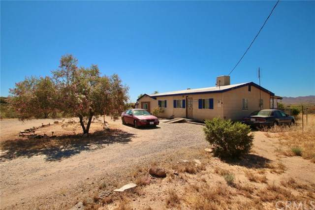 63011 Shifting Sands, Joshua Tree, CA 92252 (#JT20113130) :: Berkshire Hathaway HomeServices California Properties