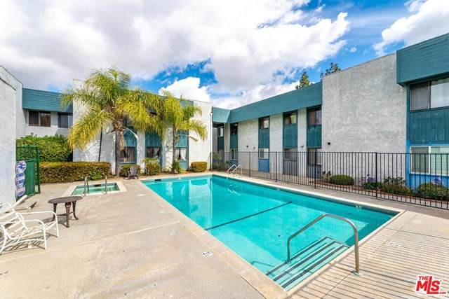 8801 Willis Avenue #59, Panorama City, CA 91402 (#20589978) :: Compass