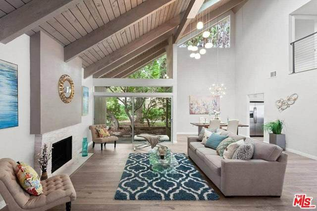 1076 Triunfo Canyon Road, Westlake Village, CA 91361 (#20589558) :: Re/Max Top Producers