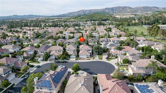 44 Silveroak, Irvine, CA 92620 (#OC20102425) :: Sperry Residential Group