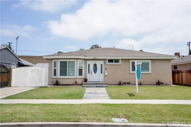 2090 Knoxville Avenue, Long Beach, CA 90815 (#PW20113761) :: Compass
