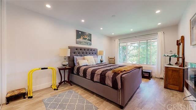 1401 N Central Avenue #17, Glendale, CA 91202 (#SR20109623) :: Sperry Residential Group
