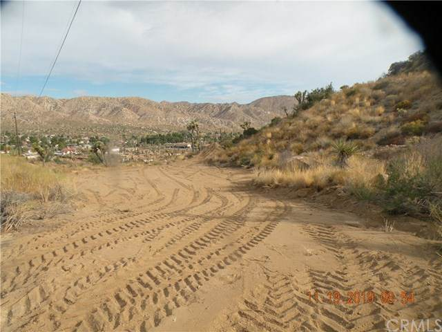 0 Pinon Drive, Yucca Valley, CA 92284 (#AR20115842) :: RE/MAX Masters