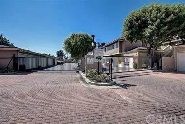 3932 W 5th Street #204, Santa Ana, CA 92703 (#PW20115194) :: Sperry Residential Group