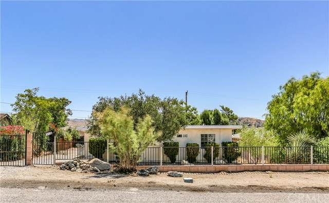 11033 Knobb Ave, Morongo Valley, CA 92256 (#JT20118395) :: Sperry Residential Group