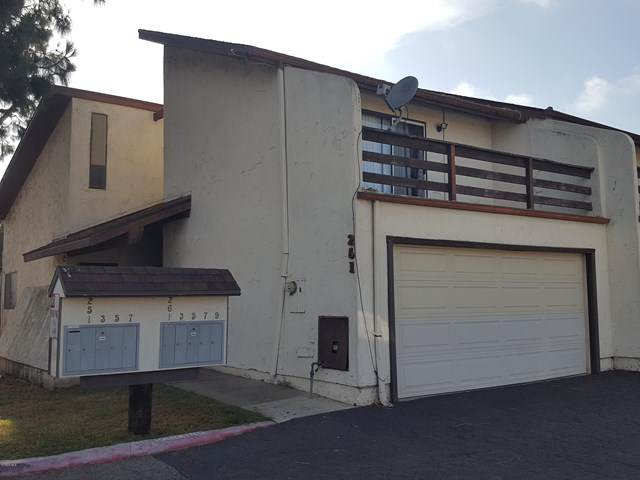 261 Glenwood Drive, Oxnard, CA 93030 (#220006314) :: Sperry Residential Group
