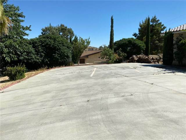 7590 Fairway Drive, Yucca Valley, CA 92284 (#IV20120350) :: Z Team OC Real Estate