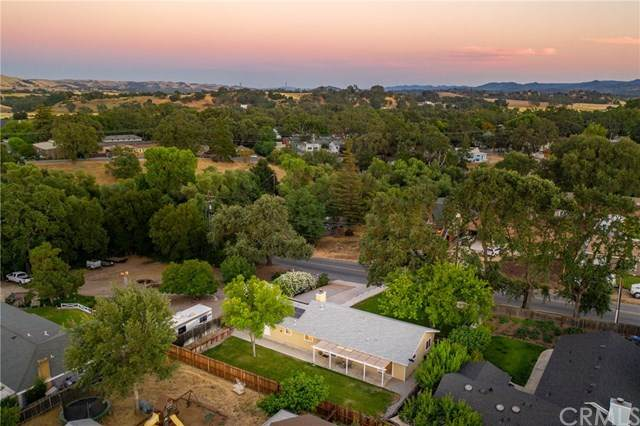 340 Las Tablas Road, Templeton, CA 93465 (#NS20111809) :: The Laffins Real Estate Team