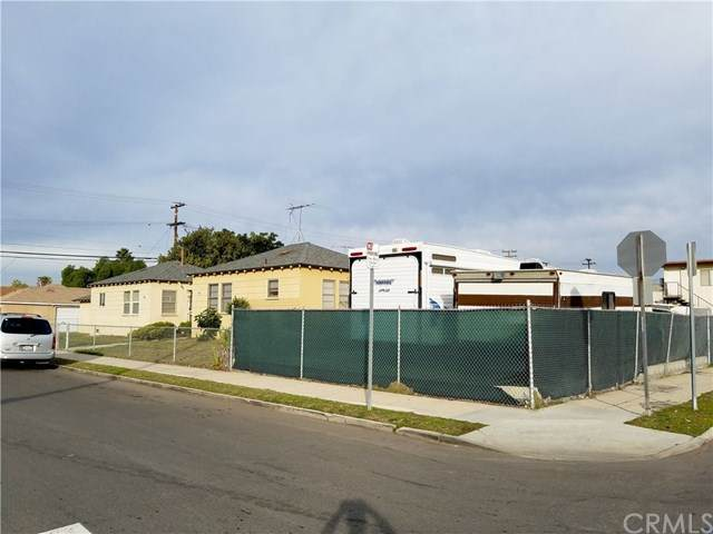 1870 W 218th Street, Torrance, CA 90501 (#SB20120912) :: The Parsons Team