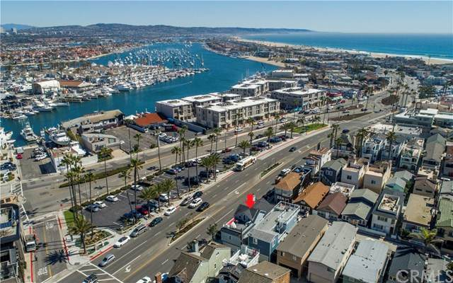 129 25th Street, Newport Beach, CA 92663 (#PW20121399) :: Sperry Residential Group