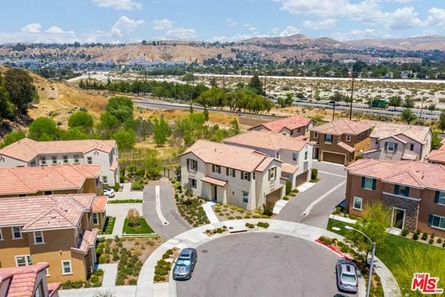 26956 Trestles Drive, Santa Clarita, CA 91351 (#20594386) :: Team Tami