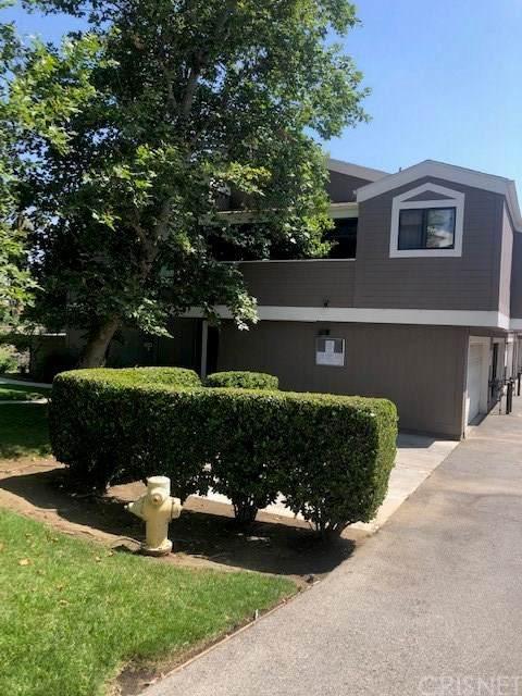 12452 Ralston Avenue #6, Sylmar, CA 91342 (#SR20121595) :: eXp Realty of California Inc.