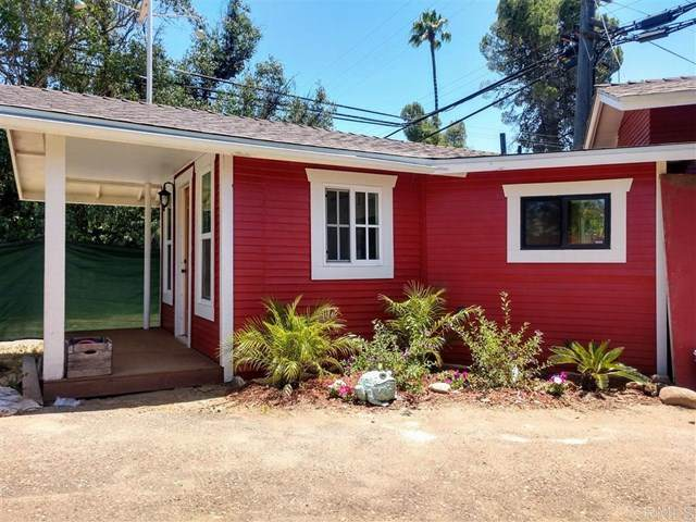 2041 Rainbow Valley Blvd, Fallbrook, CA 92028 (#200028978) :: Re/Max Top Producers