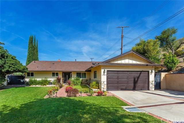 11487 Jeff Avenue, Lakeview Terrace, CA 91342 (#320002063) :: The Brad Korb Real Estate Group