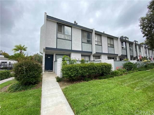 2100 W Palmyra Avenue #11, Orange, CA 92868 (#OC20123066) :: Zutila, Inc.