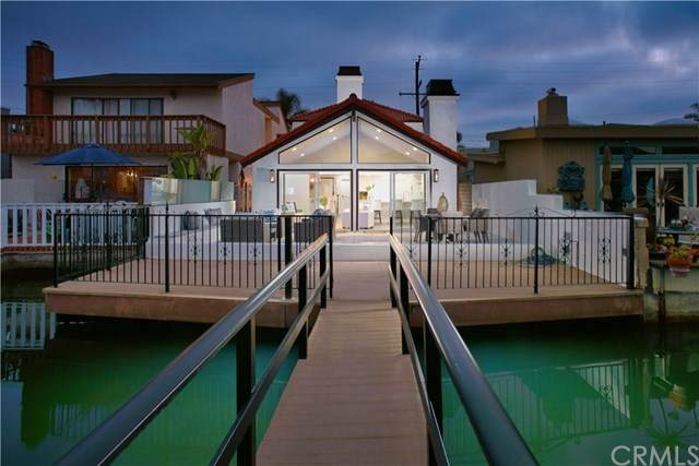 3904 River Avenue, Newport Beach, CA 92663 (#NP20121480) :: Sperry Residential Group
