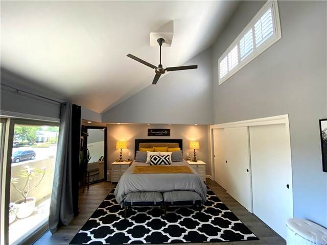12576 Montecito Road #1, Seal Beach, CA 90740 (#OC20123236) :: The Najar Group