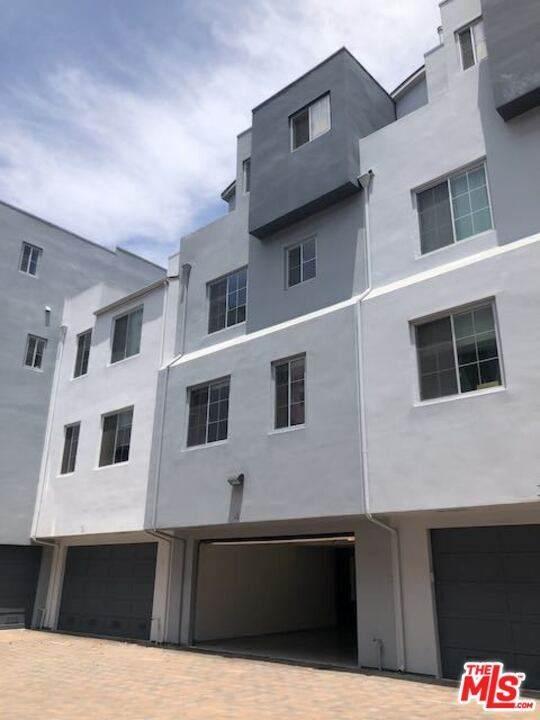 5350 Playa Vista Drive #4, Playa Vista, CA 90094 (#20596128) :: Team Tami