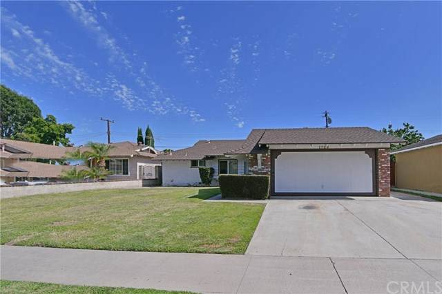 1728 W Sharon Road, Santa Ana, CA 92706 (#LG20124681) :: Bob Kelly Team
