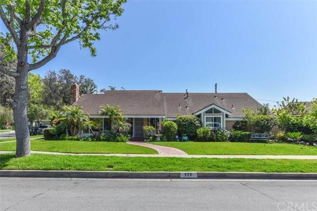 928 W 20th Street, Santa Ana, CA 92706 (#PW20124893) :: Better Living SoCal