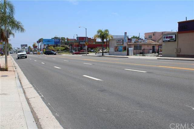 1812 Pacific Coast Highway, Lomita, CA 90717 (#PV20125516) :: Sperry Residential Group