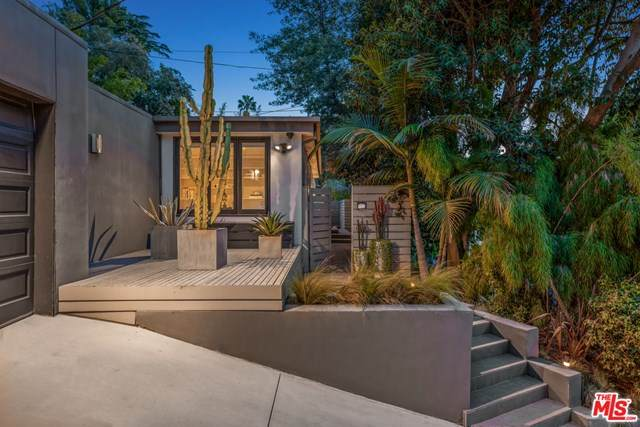 2176 Coldwater Canyon Drive, Beverly Hills, CA 90210 (#20596968) :: Berkshire Hathaway HomeServices California Properties