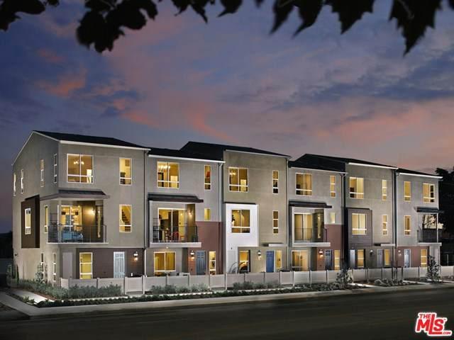 20619 Oakglen Lane, Los Angeles (City), CA 91306 (#20597002) :: Wendy Rich-Soto and Associates