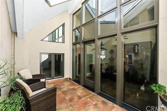 125 N Raymond Avenue #413, Pasadena, CA 91103 (#WS20125627) :: Berkshire Hathaway HomeServices California Properties