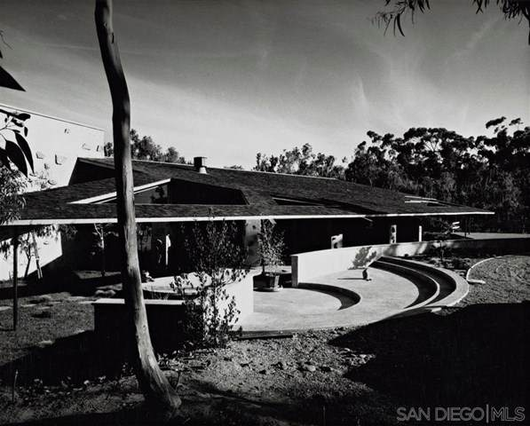15134 Via De La Valle, Rancho Santa Fe, CA 92091 (#200030133) :: Massa & Associates Real Estate Group | Compass