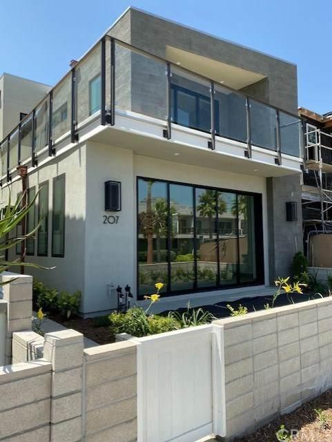 207 1st Street, Seal Beach, CA 90740 (#OC20127354) :: Twiss Realty