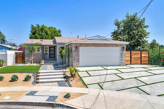 12921 Aetna Street, Van Nuys, CA 91401 (#220006751) :: The Brad Korb Real Estate Group