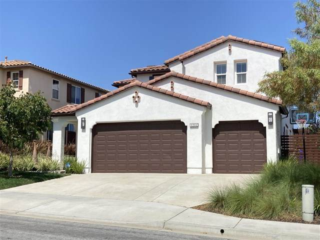 1204 Players Dr, Oceanside, CA 92057 (#200030229) :: eXp Realty of California Inc.