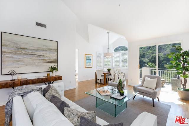 704 Palisades Drive, Pacific Palisades, CA 90272 (#20597664) :: The Miller Group
