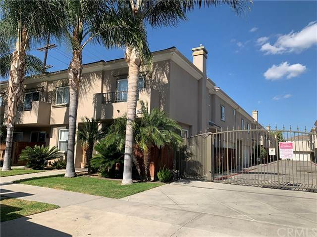 7132 Farralone Avenue #207, Canoga Park, CA 91303 (#AR20126641) :: Allison James Estates and Homes