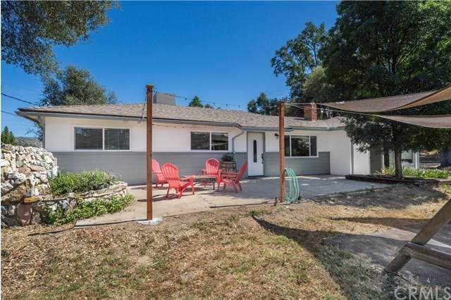 49517 Pierce Drive, Oakhurst, CA 93644 (#FR20127790) :: The Marelly Group | Compass