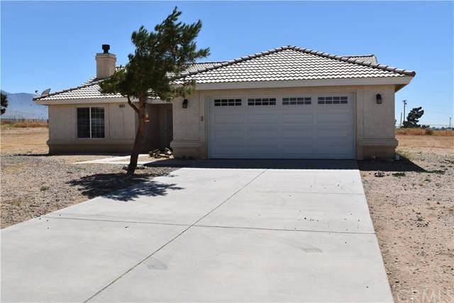 10434 Middleton Road, Phelan, CA 92371 (#TR20126700) :: Rogers Realty Group/Berkshire Hathaway HomeServices California Properties