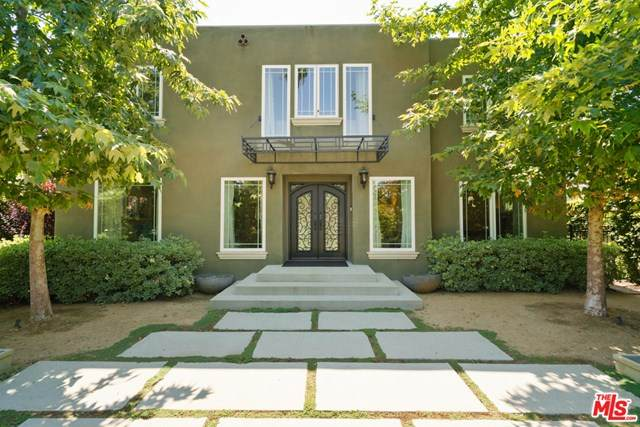 1901 N Catalina Street, Los Angeles (City), CA 90027 (#20597676) :: Crudo & Associates