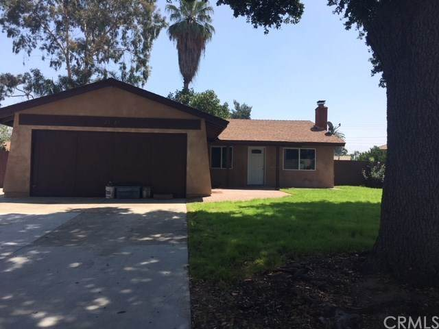 25624 State Street, Loma Linda, CA 92354 (#EV20128053) :: Mark Nazzal Real Estate Group