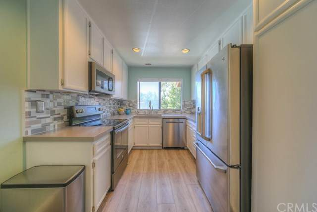 948 Lupine Hills Drive #108, Vista, CA 92081 (#SW20126086) :: Sperry Residential Group
