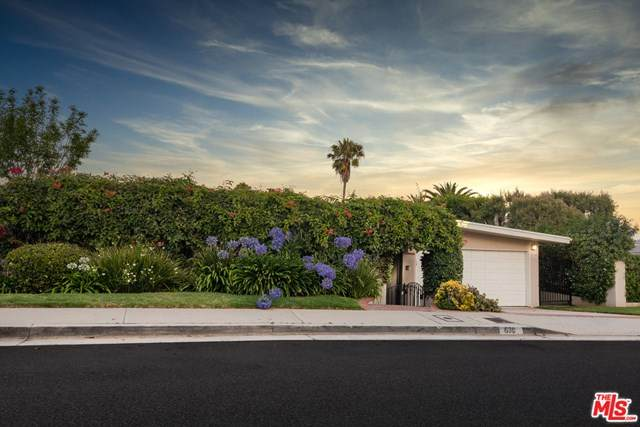 630 Lachman Lane, Pacific Palisades, CA 90272 (#20597592) :: The Miller Group