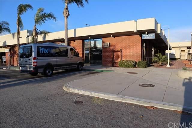 141 W Corona Mall, Corona, CA 92879 (#IG20128164) :: The Miller Group