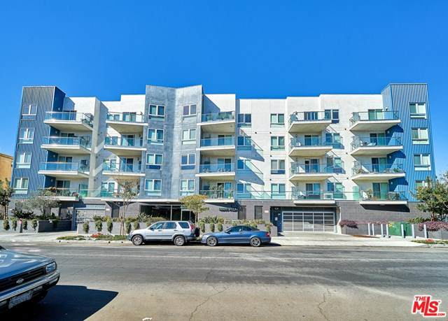 105 Mariposa Avenue #207, Los Angeles (City), CA 90004 (#20598272) :: Team Tami