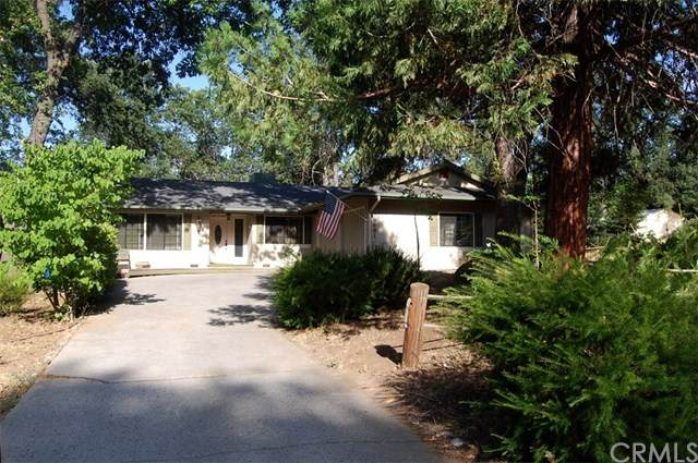 39681 Pine Ridge Road, Oakhurst, CA 93644 (#FR20128319) :: Rogers Realty Group/Berkshire Hathaway HomeServices California Properties
