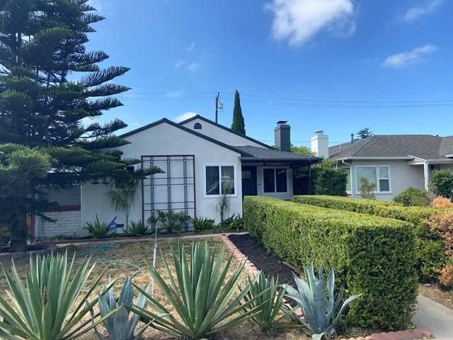238 Douglas Avenue, Oxnard, CA 93030 (#220006804) :: Sperry Residential Group